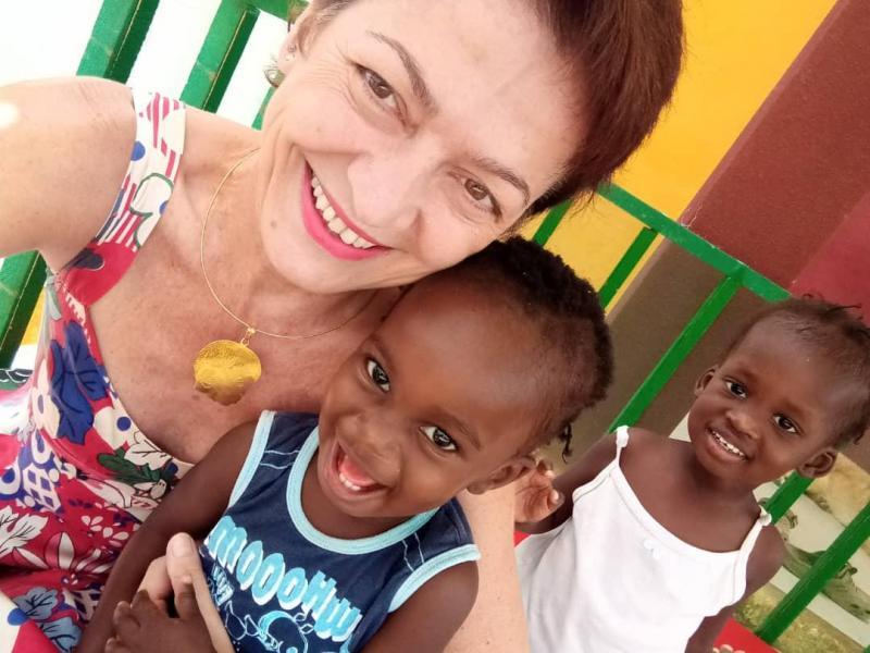 200414 alba et deux enfants